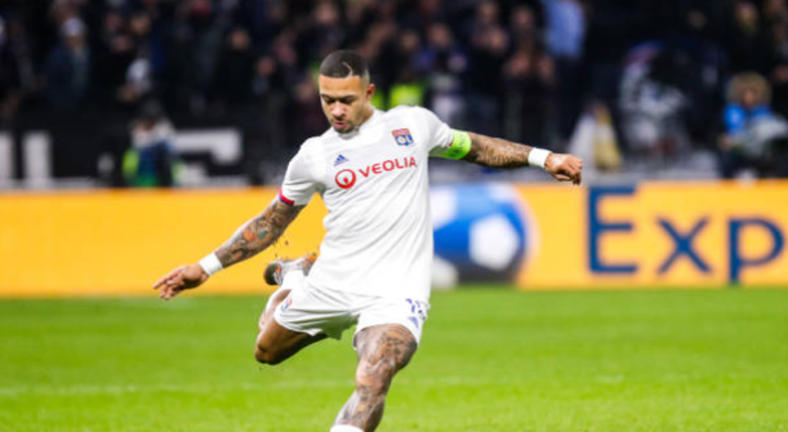 Photo of Memphis Depay returns to Lyon after long layoff due to injury
