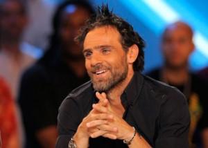 Marc Simon a beau prier, lui aussi a été égratigné par Patrice Evra