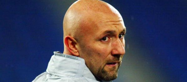 footballfrance-fabien-barthez-luzenac-retrograde-dh-cnosf-illustration