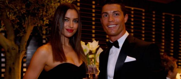 footballfrance-golden-blog-awards-cristiano-ronaldo-irina-shayk-invites-illustration