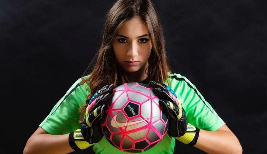 footballfrance-sissi-lafami-trappes-ol-feminines-illustration
