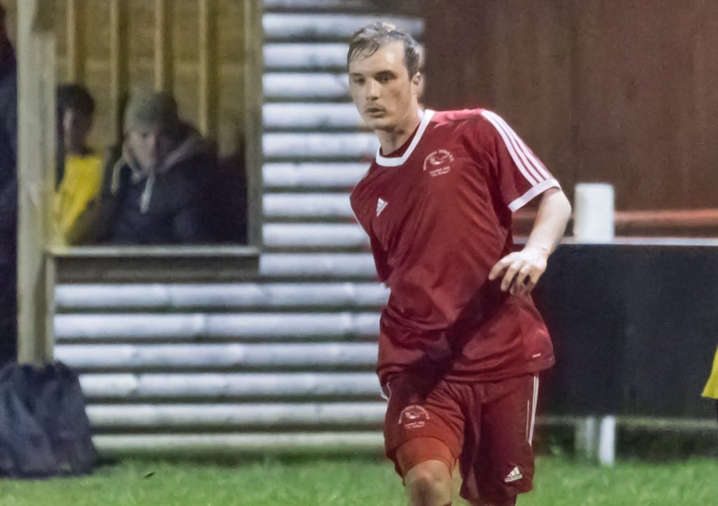 Bracknell Town's Kennie Chamberlain. Photo: Neil Graham.