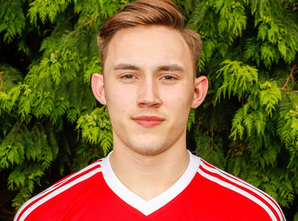 Weekend: All to easy for Bracknell Town FC and Joe Grant at Burnham in the League Cup