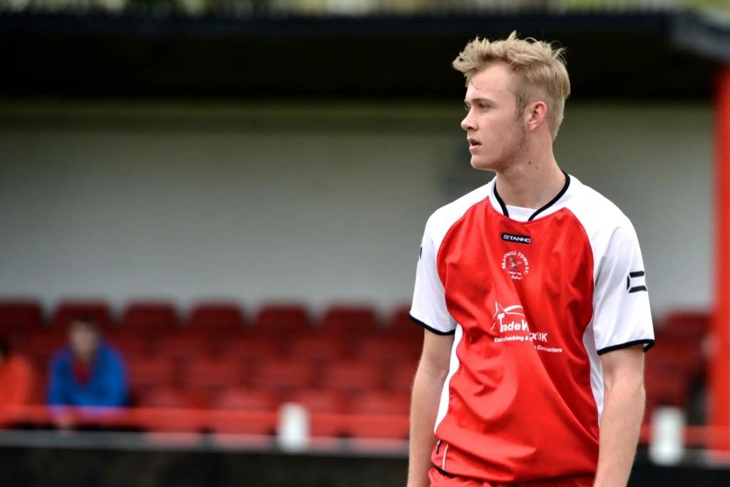Sam Barratt in Bracknell Town colours. Photo: Connor Sharod-Southam.