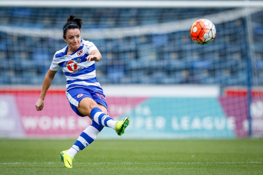 Sophie Perry Reading FC Women. Photo: Neil Graham.