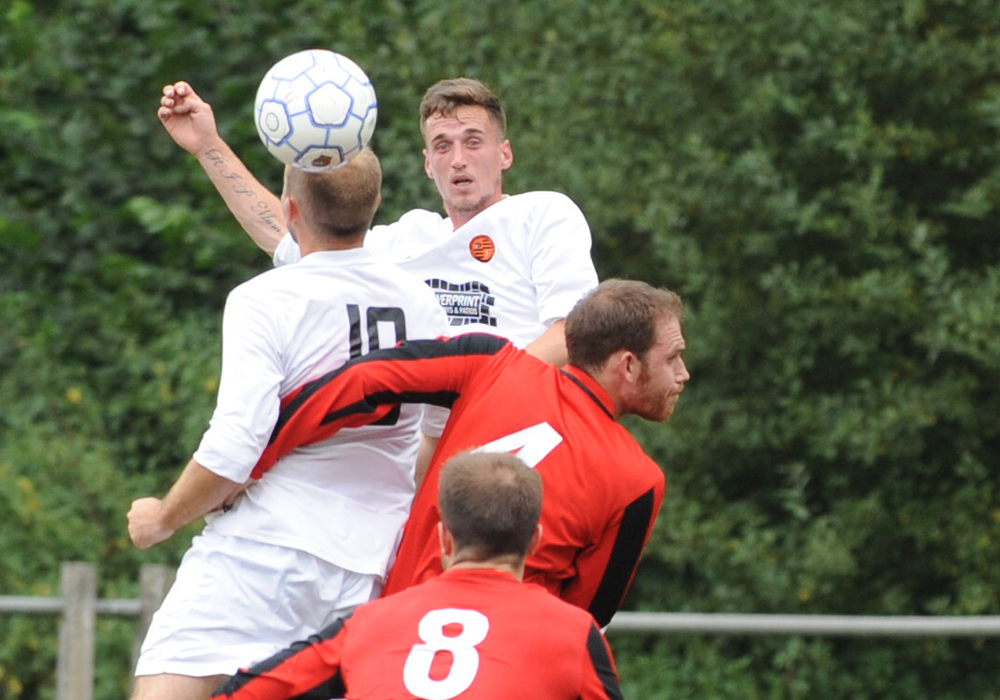 Weekend: All the matches including Wokingham & Emmbrook vs Woodley United