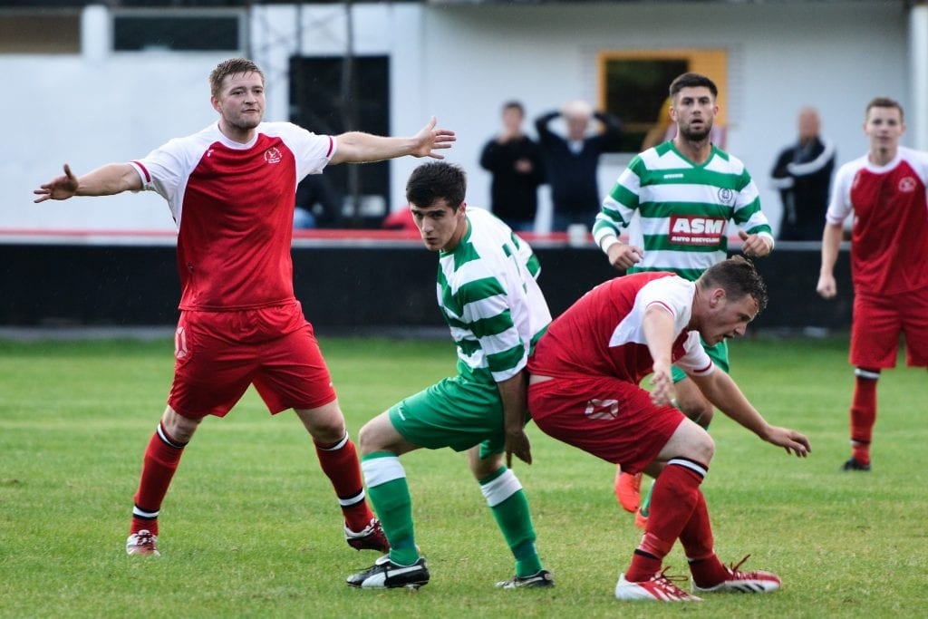 Bracknell Town and Thame United clash at Larges Lane in 2015. Photo: Connor Sharod-Southam.