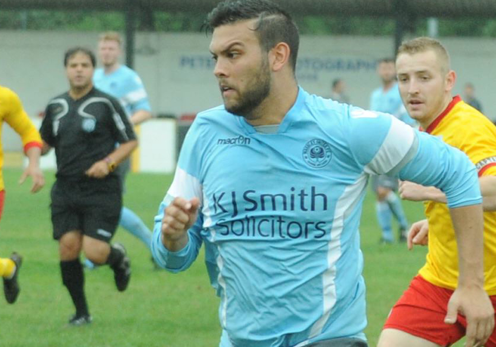 Late Josh Drew goal puts Woodley United one step closer to promotion
