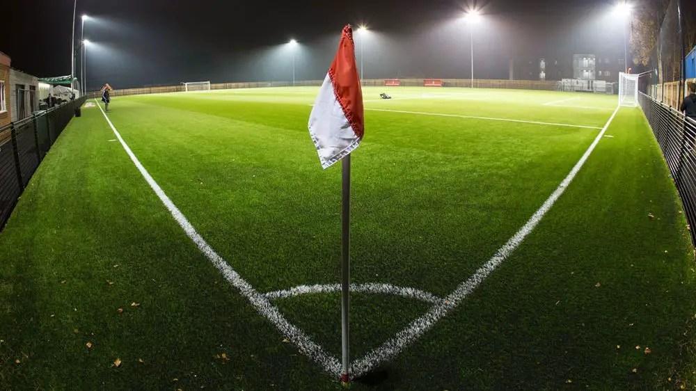 Bracknell Town add midfielder William Dupray