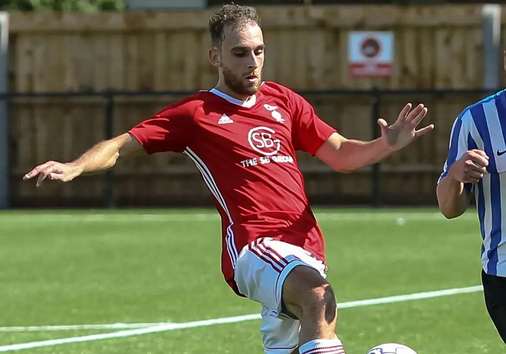 Bracknell Town striker Liam Ferdinand. Photo: Neil Graham.