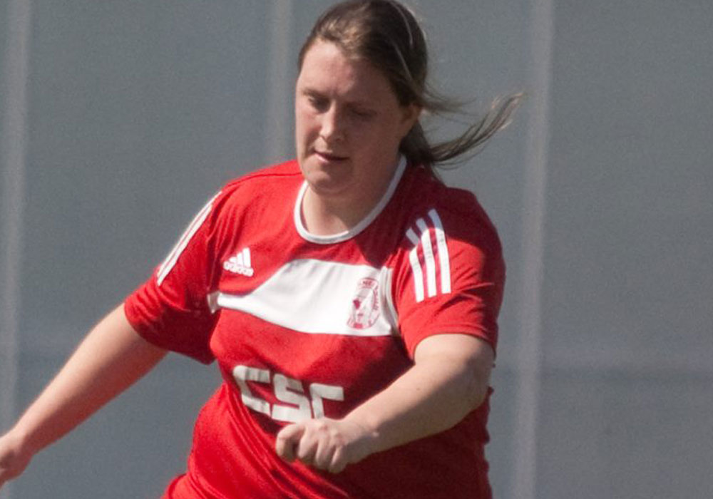 Michelle Melia on target for Binfield FC and Woodley United's promotion charge continues