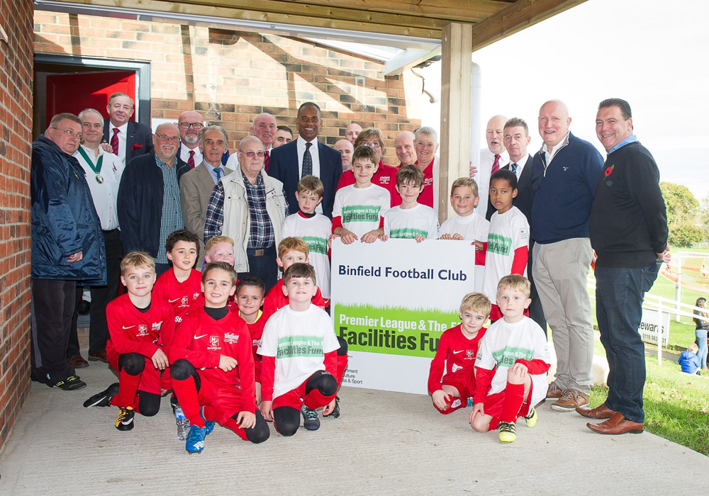 MP Adam Afriyie opens Binfield FC's new changing facility at Hill Farm Lane