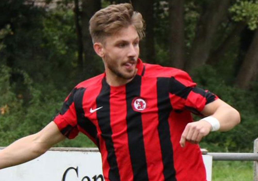 Sandhurst Town's Charlie Oakley. Photo: Richard Milam.