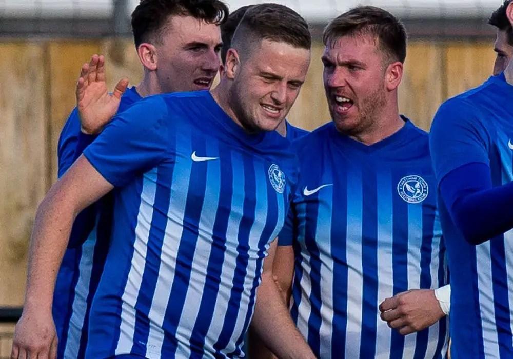 Thatcham Town FC extend winning run to 20 games