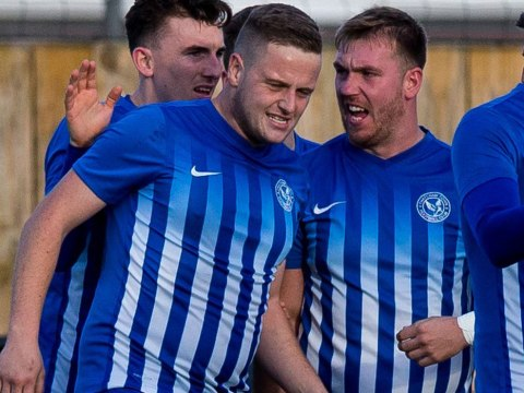 Thatcham Town FC extend winning run to 20 games