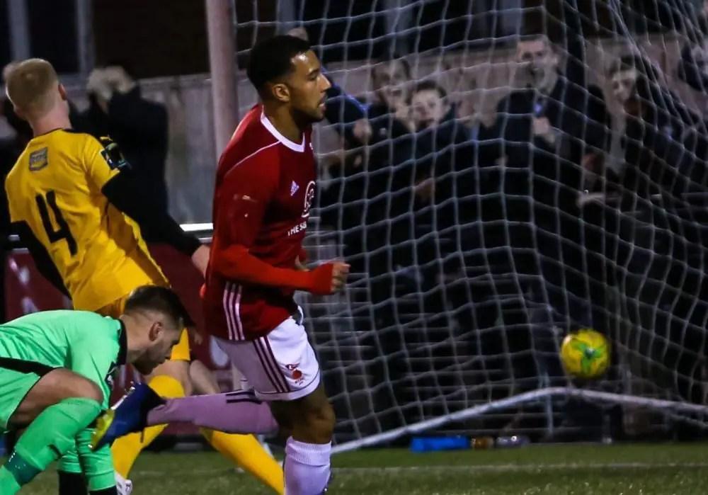 AFC Hornchurch await Bracknell Town in Velocity Trophy semis
