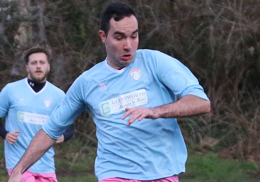 Bracknell Sunday League Bearwood and Loveman in County Cup Finals