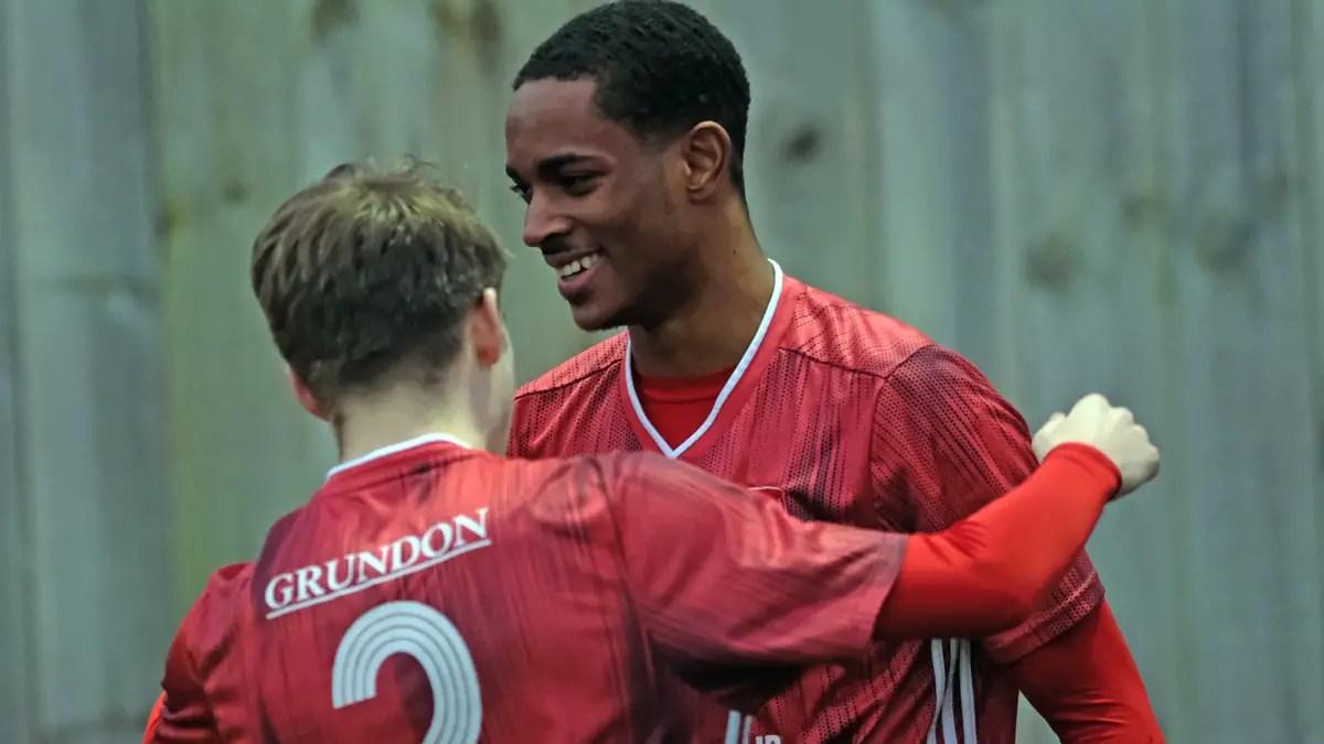 Mukena and Herbert on target for Bracknell Town