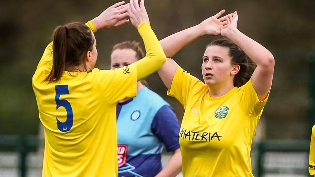Miniseries: Women's football teams in Berkshire