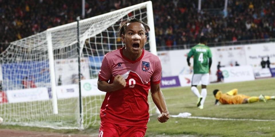 साग फुटबल : पहिलो हाफमा बंगलादेशविरुद्ध नेपाललाई अग्रता