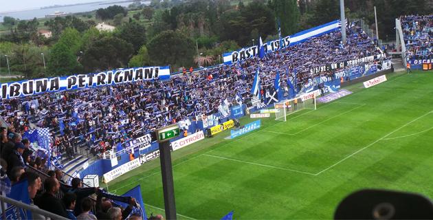 Avant le match, le stade de Furiani s'est figé pendant près de 8 minutes.