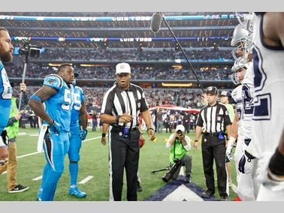 Referee Ronald Torbert (Dallas Cowboys)