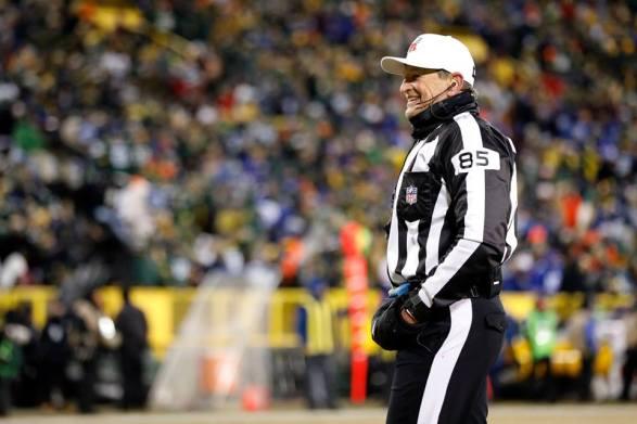 Ed Hochuli (Green Bay Packers)