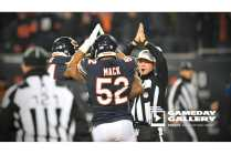 Craig Wrolstad signals a safety (Chicago Bears)