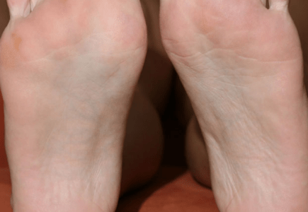 my-friends-feet.png