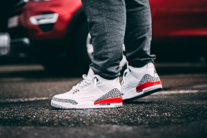 afew-store-sneaker-air-jordan-3-retro-white-firered-cementgrey-black-321