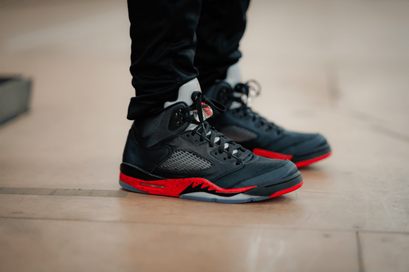 Air Jordan 5 Retro Satin Bred 3