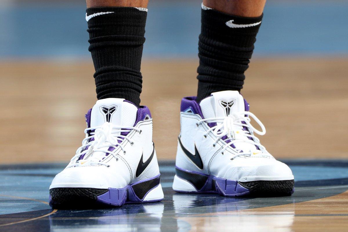 SALE - 37% OFF The Nike Kobe Protro 1