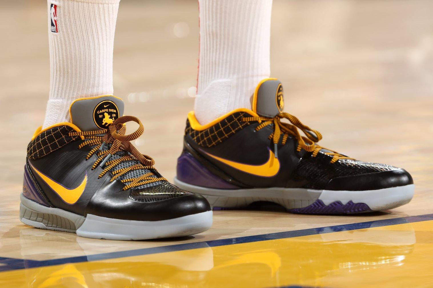 Nike Kobe 4 Protro \
