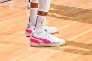 where-to-buy-puma-clyde-hardwood-white-pink-193663-03