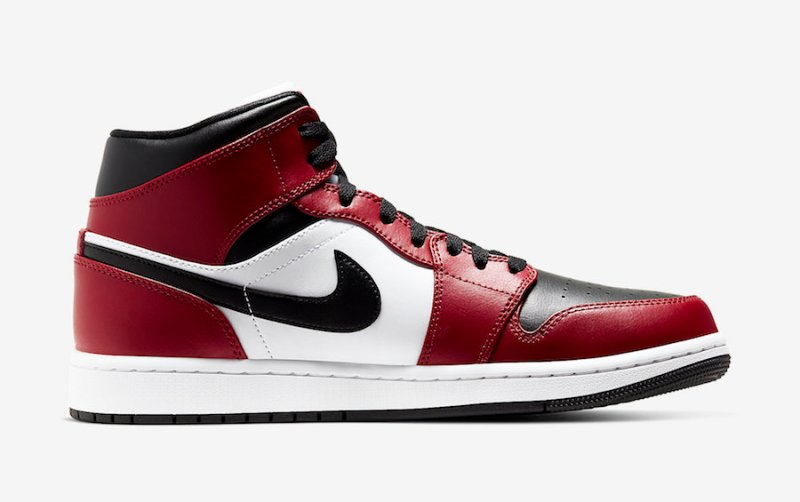 Air Jordan 1 Mid Chicago Toe 554724-069 Release Info UK 3
