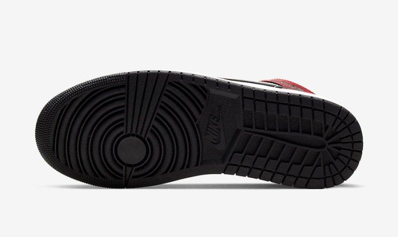 Air Jordan 1 Mid Chicago Toe 554724-069 Release Info UK 6