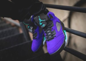 air-jordan-5-alternate-grape-136027-500-restock