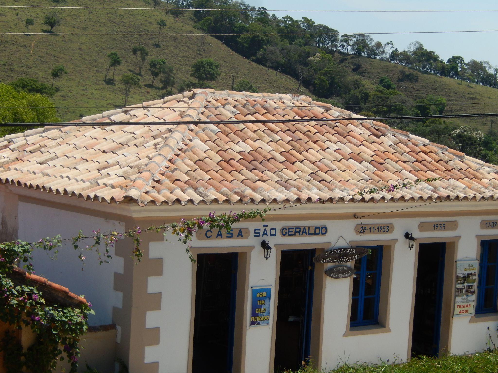 Ibitipocha town shop and restaurant