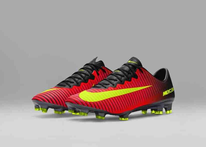 chaussure-football-nike-mercurial-superfly-5-vapor