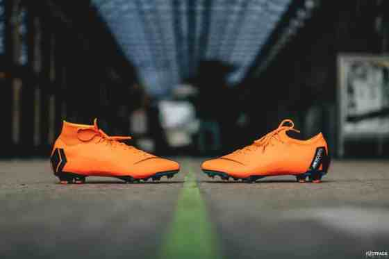 football-shoes-Nike-Mercurial-360-Fast-AF-img2