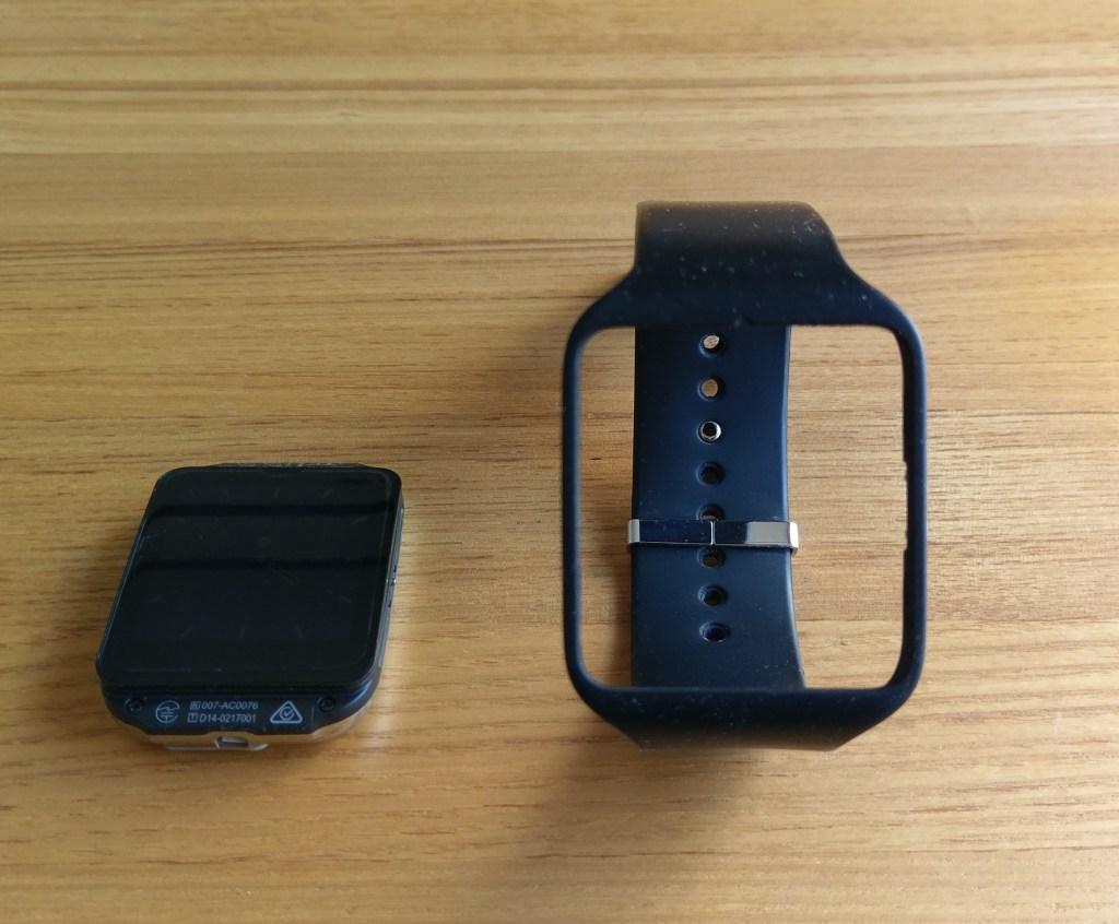 ベルトを変える方法。おすすめのスマートウォッチ3のレビュー【Sony】SmartWatch3 SWR50