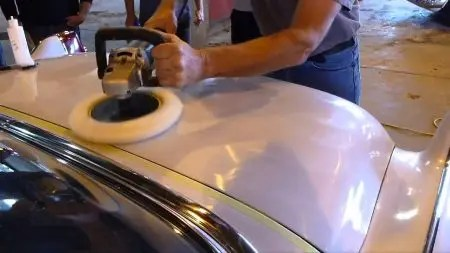 How to wet sand car paint