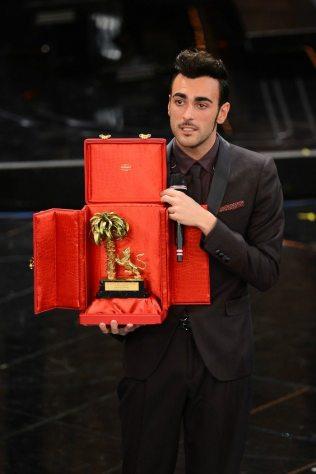 Marco Mengoni vincitore di Sanremo 2013   © Daniele Venturelli / Getty Images