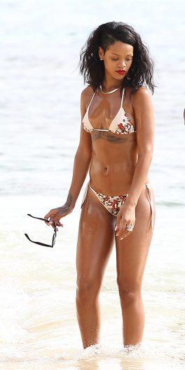 Bella e provocante Rihanna