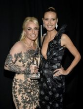 Britney Spears e Heidi Klum | © Getty Images