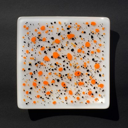 Emma-Monceaux-Winged-thecacera-square-plate-2020