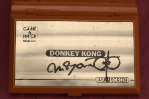 HOW-TO DISSEMBLE & CLEAN Your Donkey Kong Game & Watch…And By Clean I Mean Remove Shigeru Miyamoto's (Possible) Autograph
