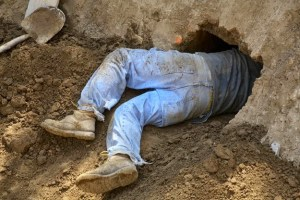 SHAWSHANK REDRUNKTION: Man Digs Tunnel From His Bedroom To A Pub Because That's What Sane People Do