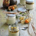 Panna cotta al passion fruit
