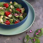 Insalata spinacino, avocado e fragole